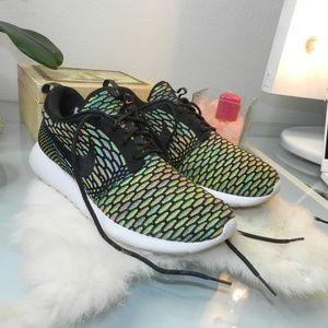 Nike Roshe Run Flyknit Multi-Color Womens sneakers